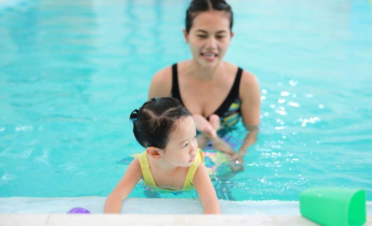 Bébés piscine (6 mois - 2 ans) Annuel (14h20)