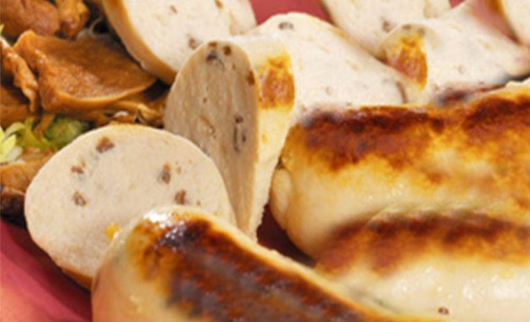 Gastronomie à la carte (Quenelles de brochet, de volaille et boudin blanc truffé)