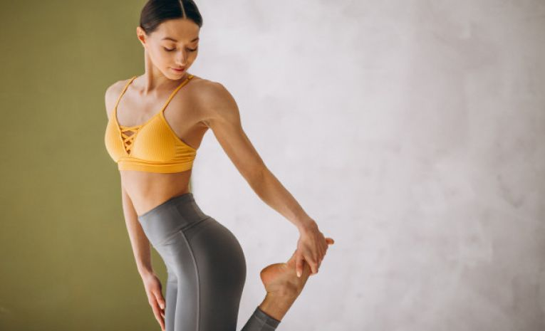 Pilates - Niveau 2-3 (Yoga/Garuda) - 1er Semestre (jeudi 12h30)
